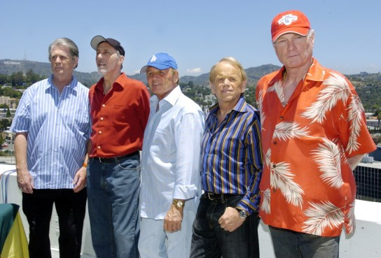 beach-boys-are-set-hit-the-road-in-the-summer-of-2012