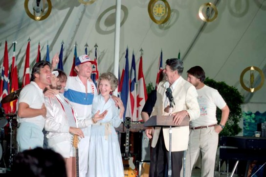 The Beach Boys with President Ronald  Reagan and First Lady Nancy