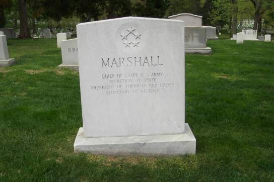 george_c_marshall_tomb_stone