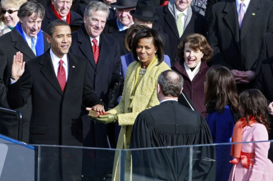 obama_family_swearing_in