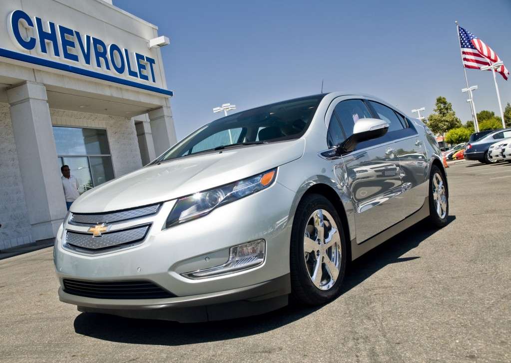 new volt car socialist subsidized by americian people with 7500 tax