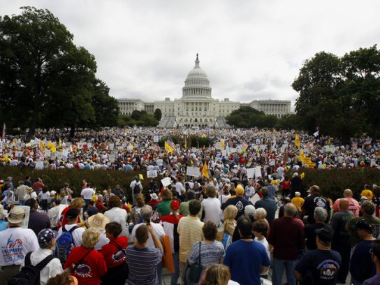 tea_party_rally_at_capitol