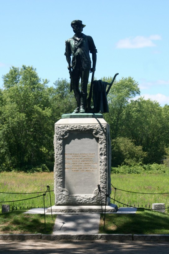 Minuteman_statue_-_Old_North_Bridge