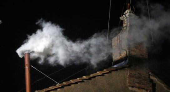 130313_pope_white_smoke