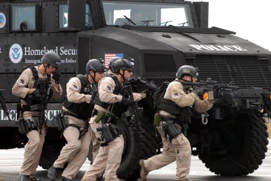 2011-04-05-ice-training-using-armored-vehicles