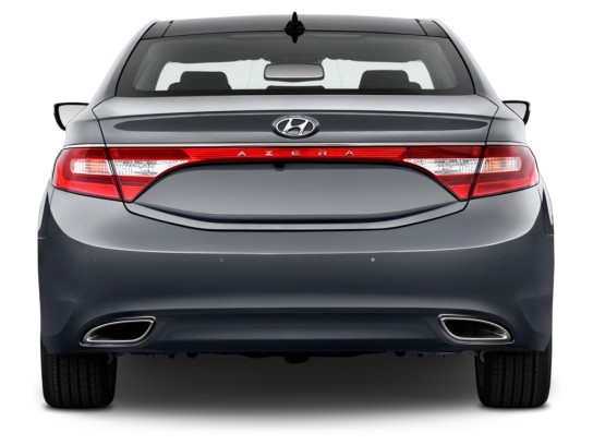 2013-hyundai-azera-4-door-sedan-rear-exterior-view_100405788_l