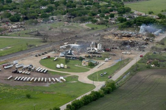 huge_explosion_town_west_texas7