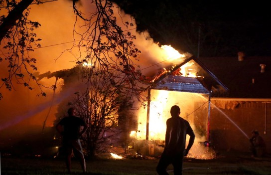 west-texas-explosion_home_burning
