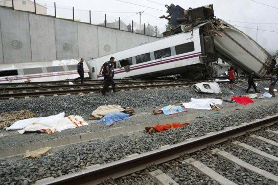 80_dead_train_wreck_spain