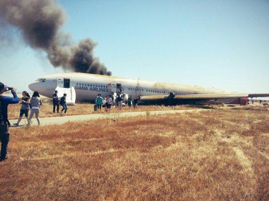 passengers_Leaving_plane