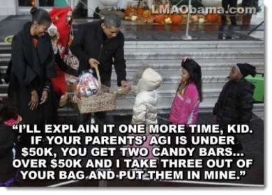 obama-halloween-distribute-agi-candy-kids-political-humor-390x280