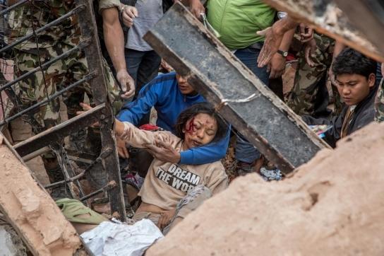 image.adapt.960.high.nepal_earthquake_03a