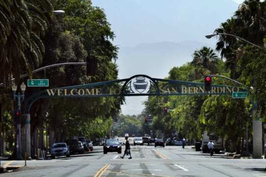 SAN BERNARDINO, CA, July 11, 2012 --- A welcome sign on 6th. Street greets visitors in San Bernardino. The San Bernardino City Council's on Tuesday night decided to seek municipal bankruptcy protection. San Bernardino is the third California city in less than a month to seek bankruptcy protection, with officials saying the financial situation had become so dire that it could not cover payroll through the summer. (Irfan Khan/Los Angeles Times)