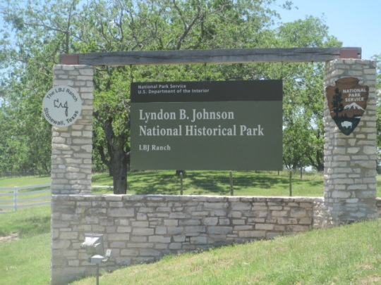 Image result for lbj texas white house and wife at ranch